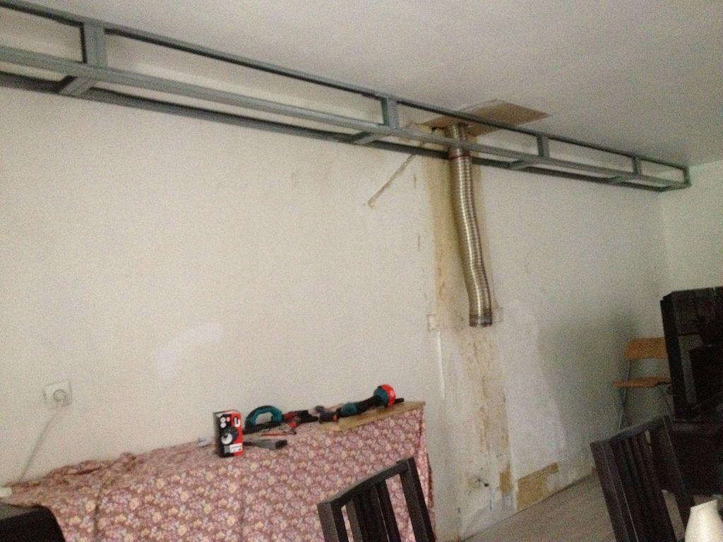 Coffre En Placo Au Plafond Plafond Plafond Design Et Cache Tuyau