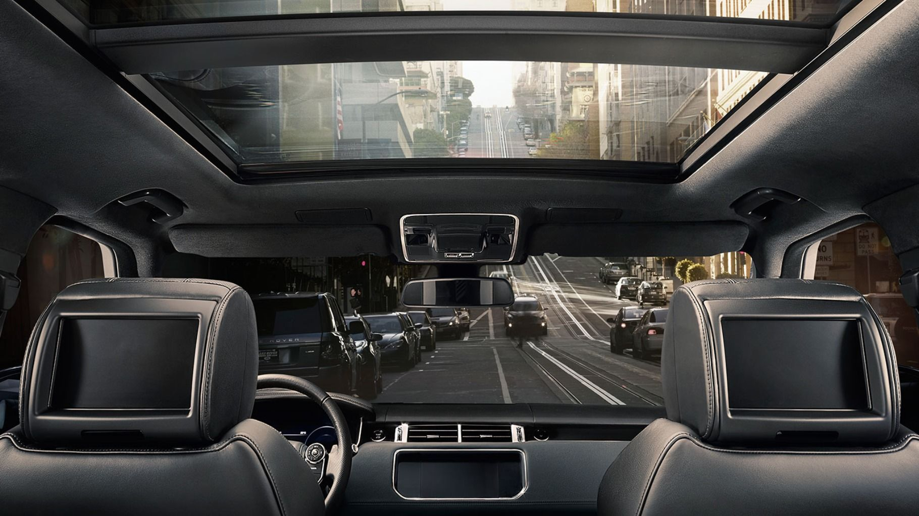 Sliding Panoramic Roof of the Range Rover Sport  cf315237a9e