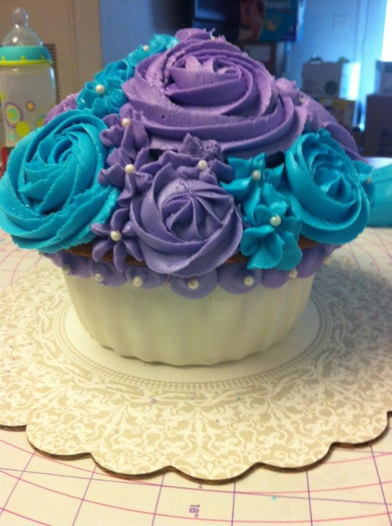 blue and purple cupcake wedding cakes blue and purple cupcakes search 11953