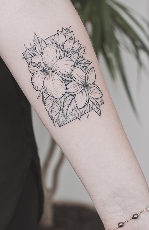 Pin By Lulu Poil2 On Tattooo In 2020 Hawaiian Tattoo Hibiscus Tattoo Tattoos