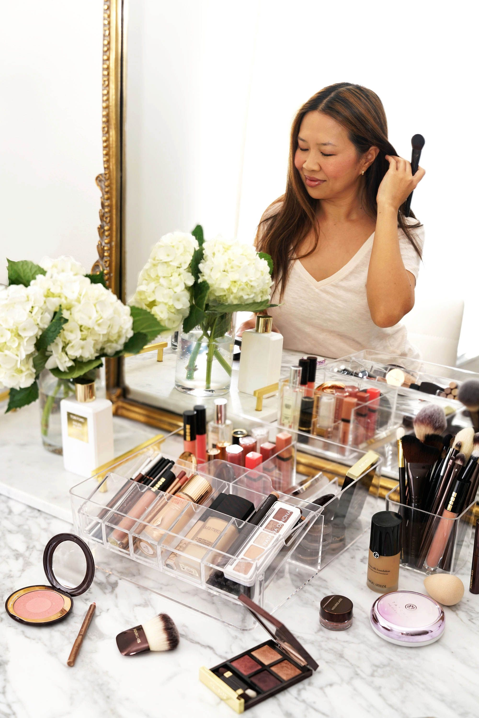Top 25 Makeup MustHaves in My Weekly Beauty Routine From