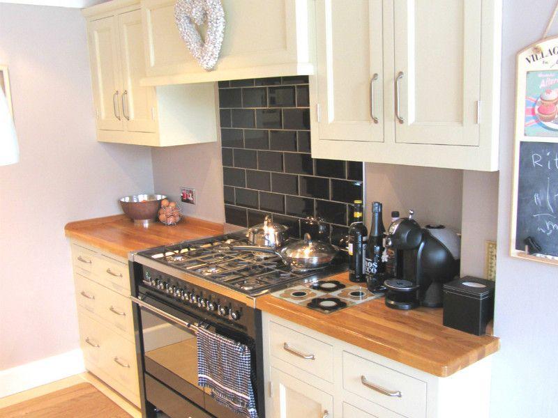 Cosy Galley Kitchens Freestanding Kitchen Galley Kitchens Kitchen