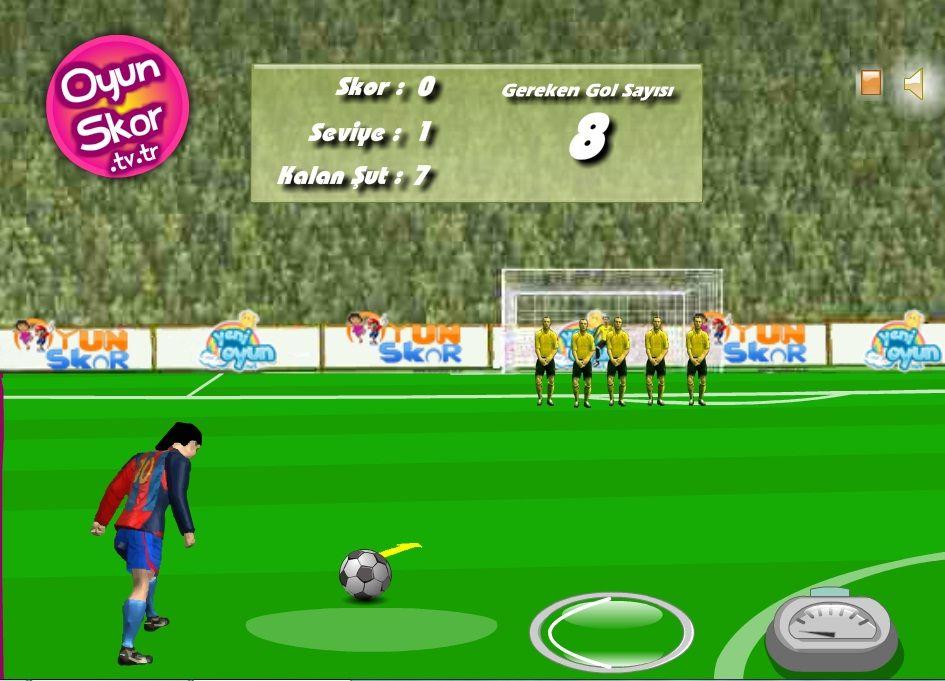 Usta Frikik Dersi Usta Frikikci Futbolcuyla Caylak Futbolculara Frikik Nasil Atilir Gosterin Fareyle Kontrol Edilebilen Oyunumuzda Futbolcular Eglence Oyun
