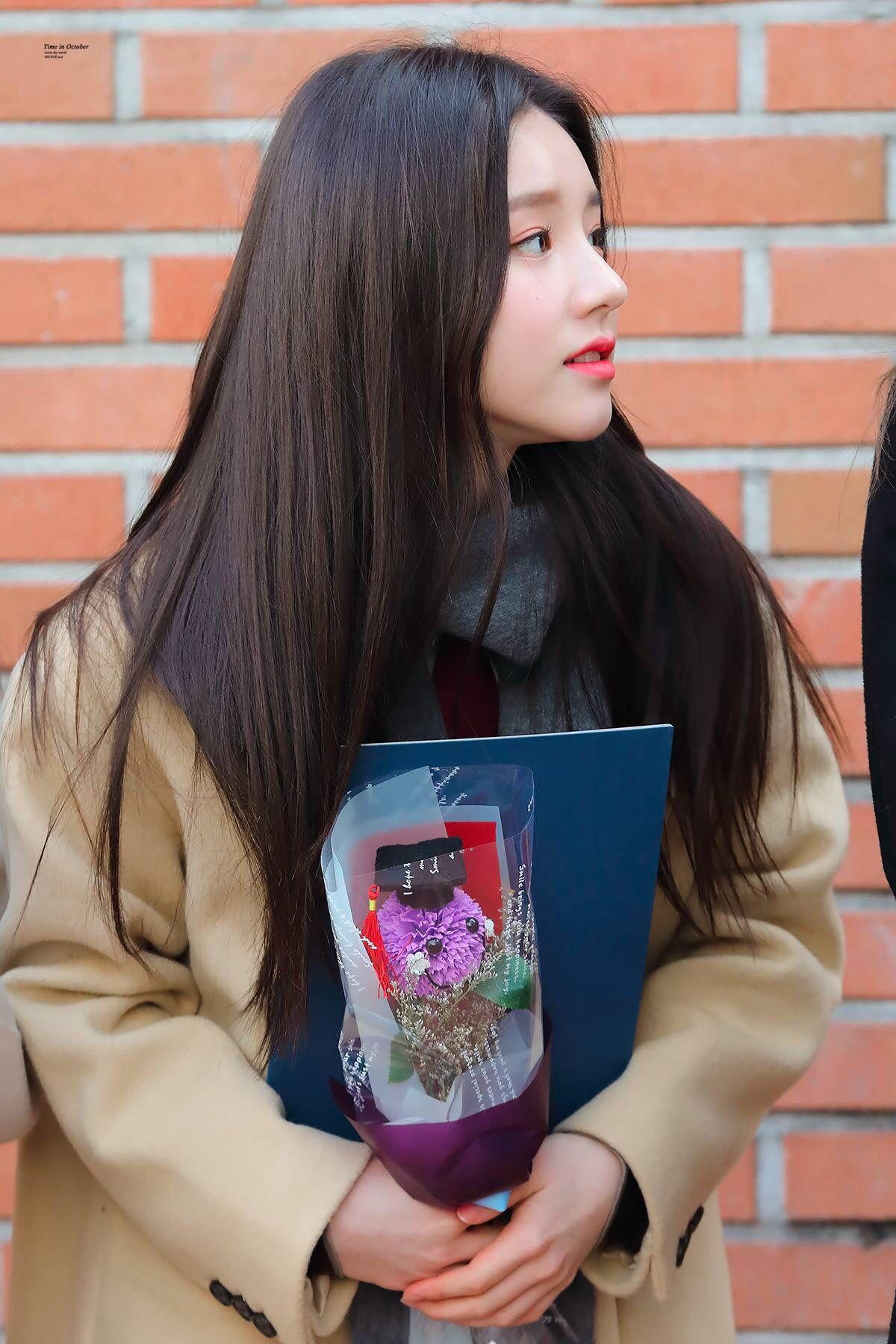 Pin oleh IU Hama di IZONE (아이즈 원)   Kim, Korea, Zodiac