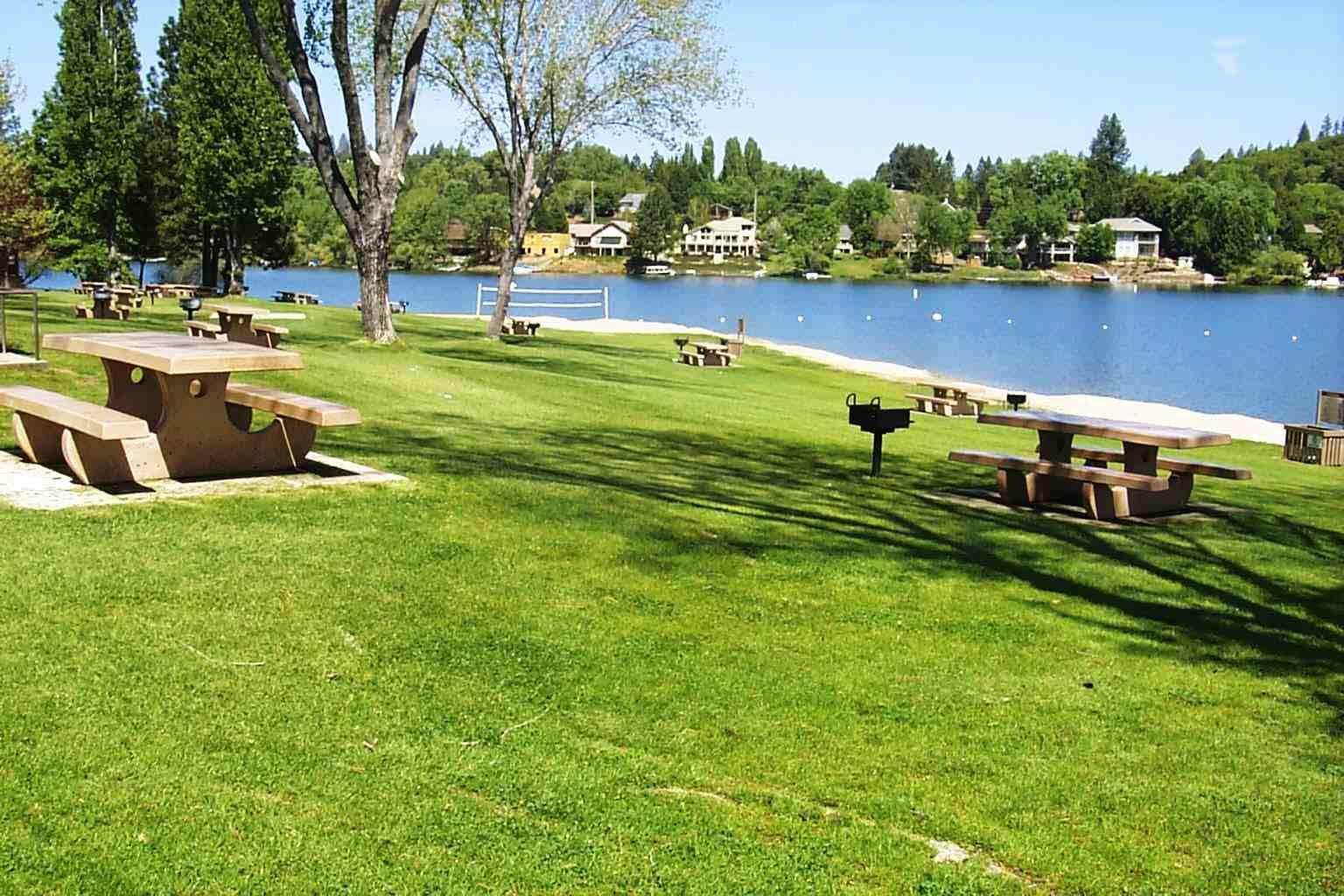 Marina at Pine Mountain lake