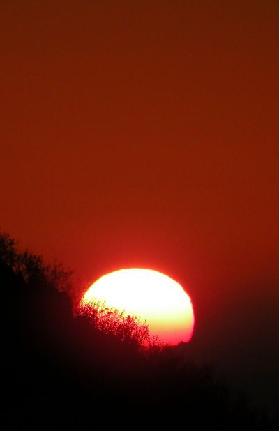Act I Another Color Sample Of Red Sunset Red Sunset Beautiful Sunset Nature Artwork
