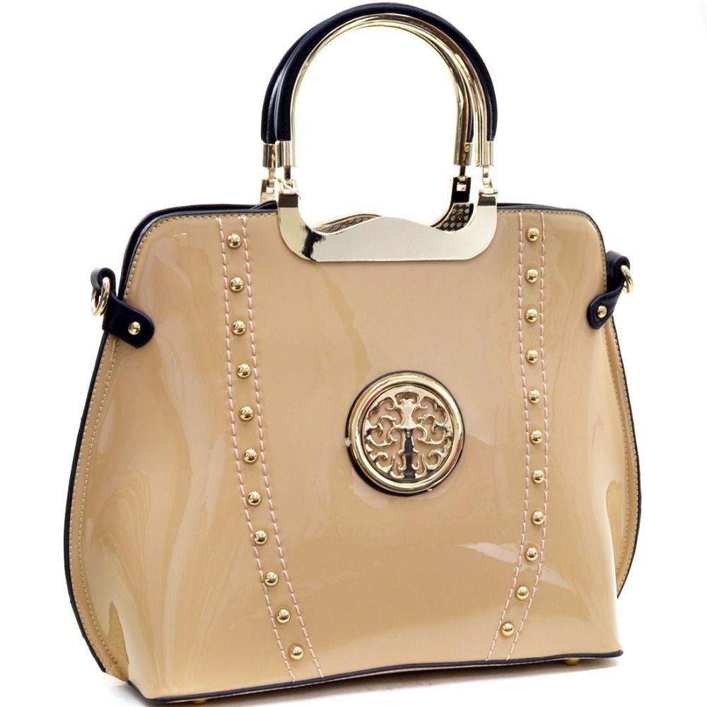 Ženy kabelka Gold Tone Studded Patent kovové ploché dno Emblem taška lakovaná koža taška cez rameno