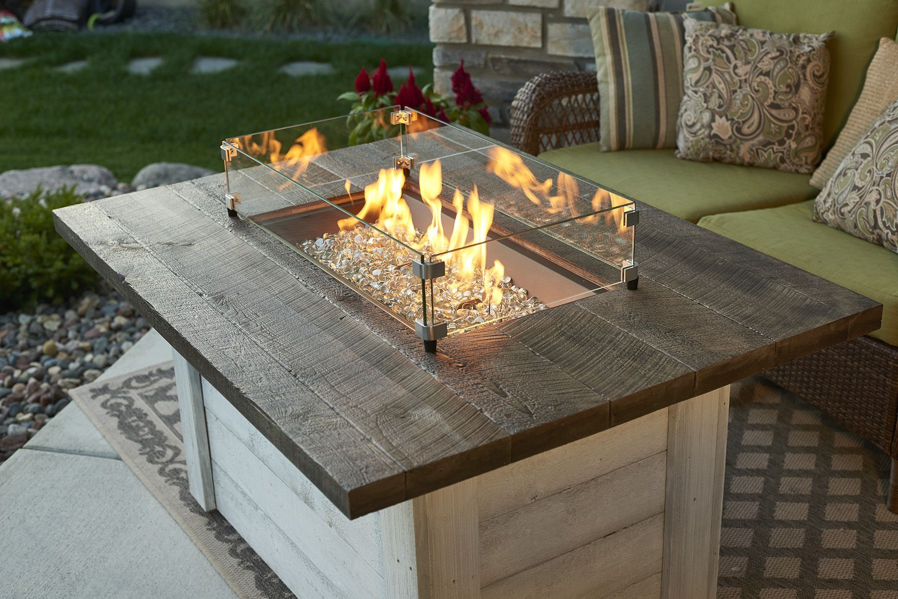 Alcott Fire Pit Table A Gorgeous Fire Table With A Stunning Flame Beautiful And Functional Trellisfi Outdoor Fire Table Natural Gas Fire Pit Fire Pit Table
