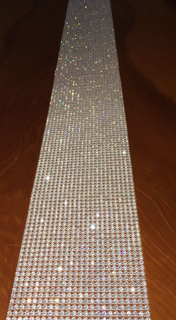 High Quality Rhinestone Table Runner With Individually Set Crystals