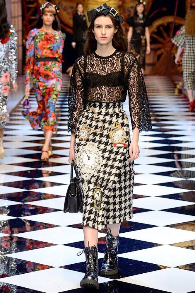 DOLCE & GABBANA READY TO WEAR FALL WINTER 2016 MILAN