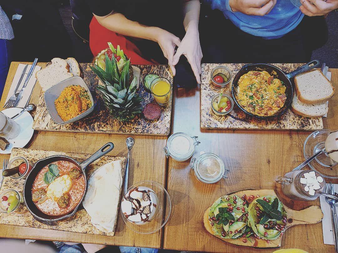 Küchenbar design-viertel karoline on instagram ucfrühstücken die wichtigste mahlzeit  super
