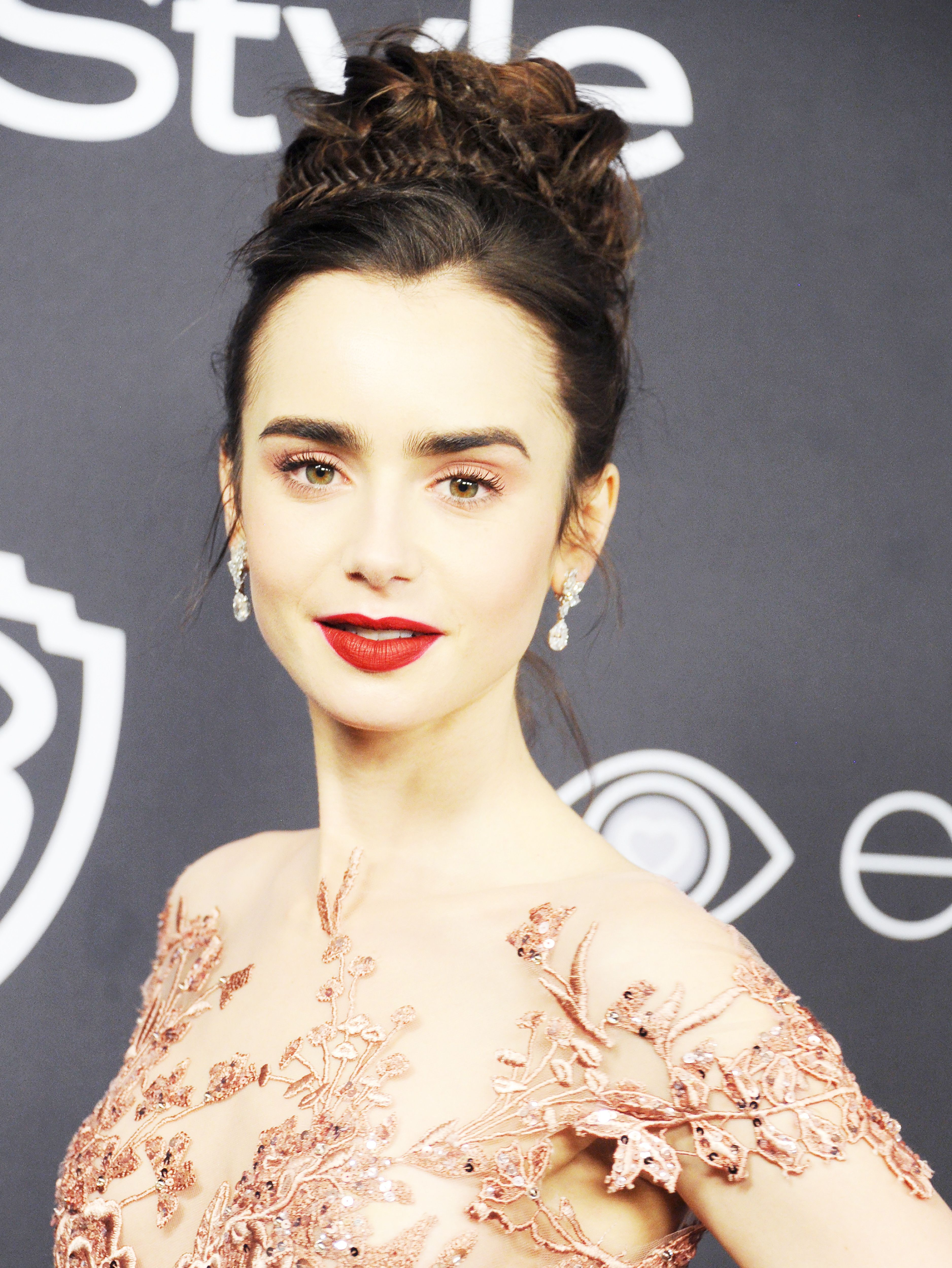 Lily Collins Won the Golden Globes Red Carpet—Here's How