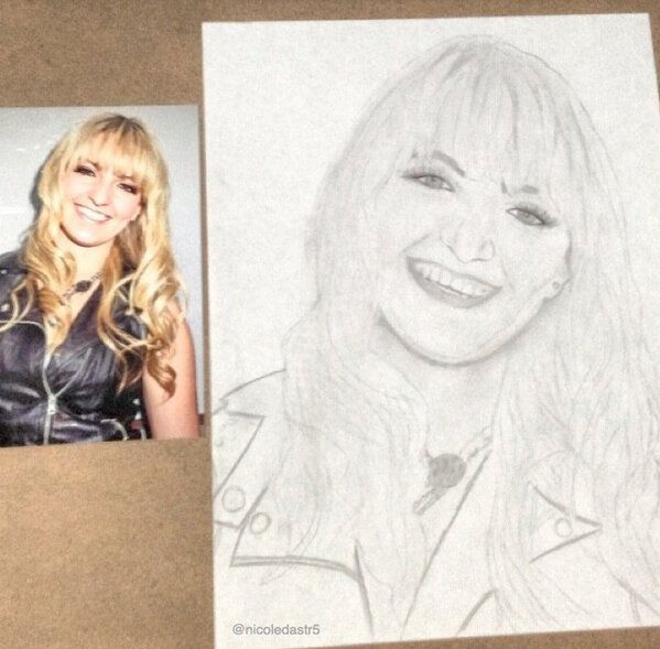 AMAZING drawing of Rydel