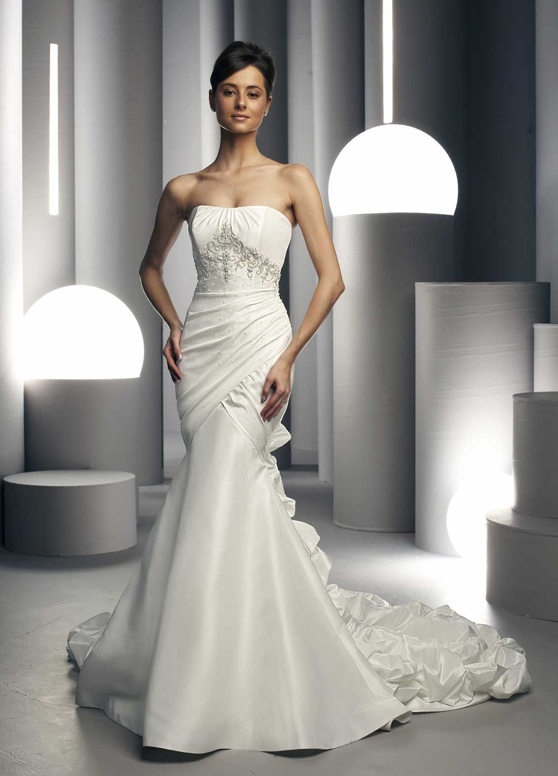 White Wedding Dresses | White Bridal's Dresses Designs | long ...