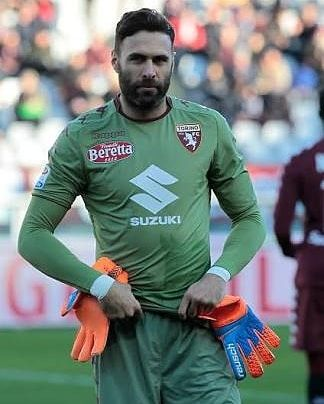 61 mentions J'aime, 1 commentaires - Salvatore Sirigu (FC) (@