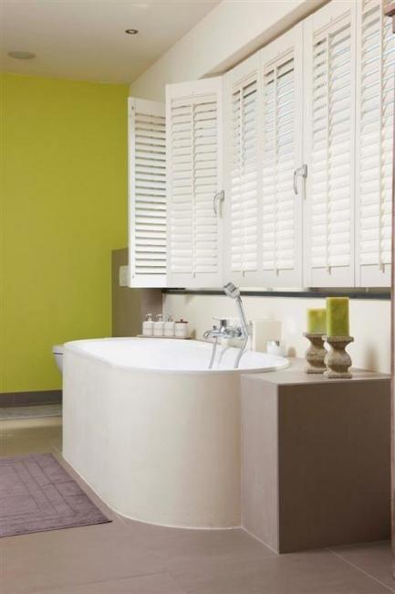 Shutters of jaloezieën voor de badkamer | badkamer/wasruimte | Pinterest