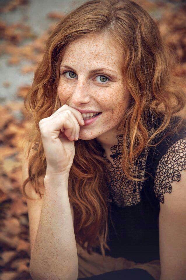 Marilla Muriel Model Redhead German Freckles Model Woman Beauty