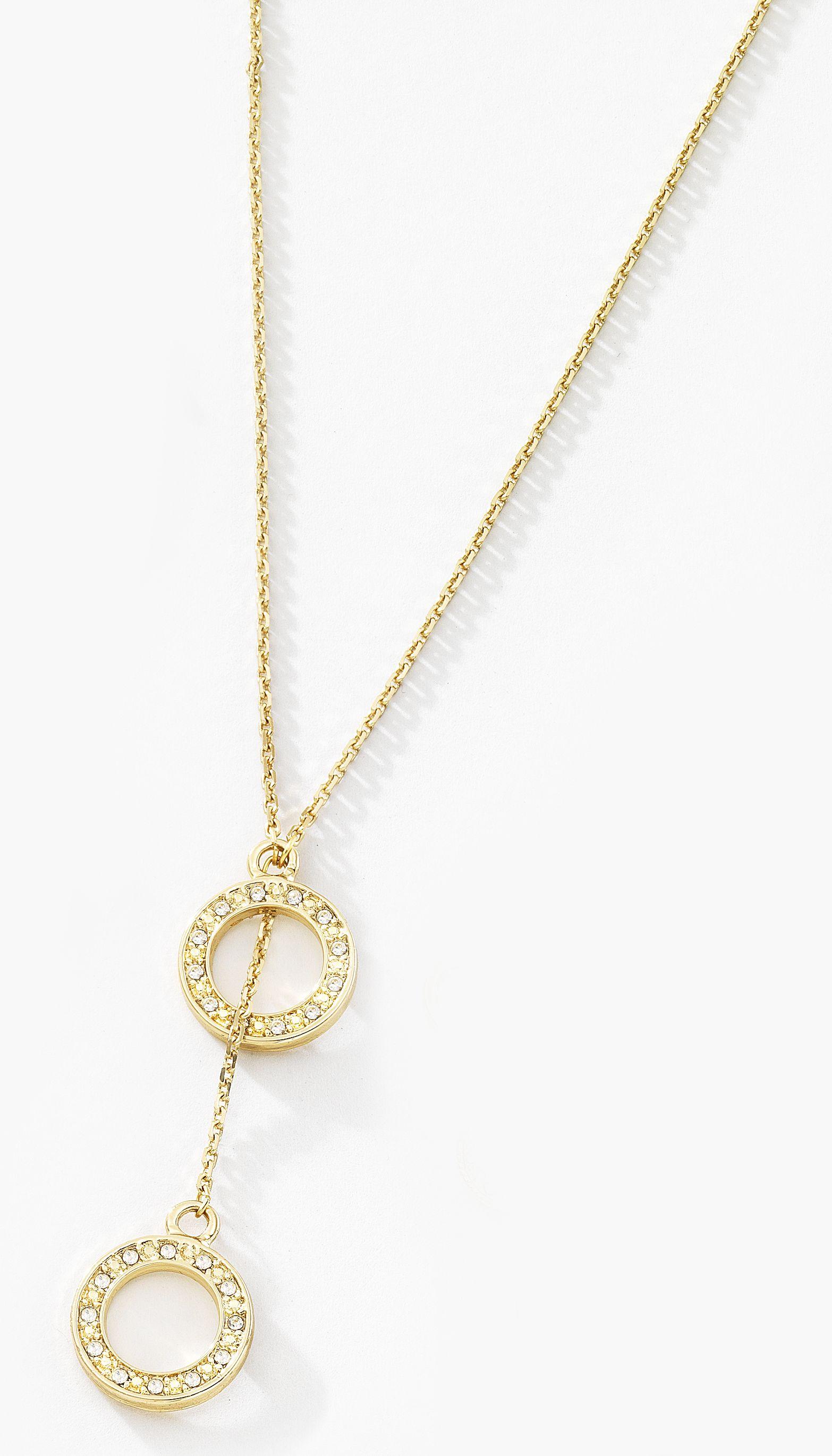7bdb9efb0d57 ... toman forma en este precioso collar elaborado en 4 baños de oro de 18  kt