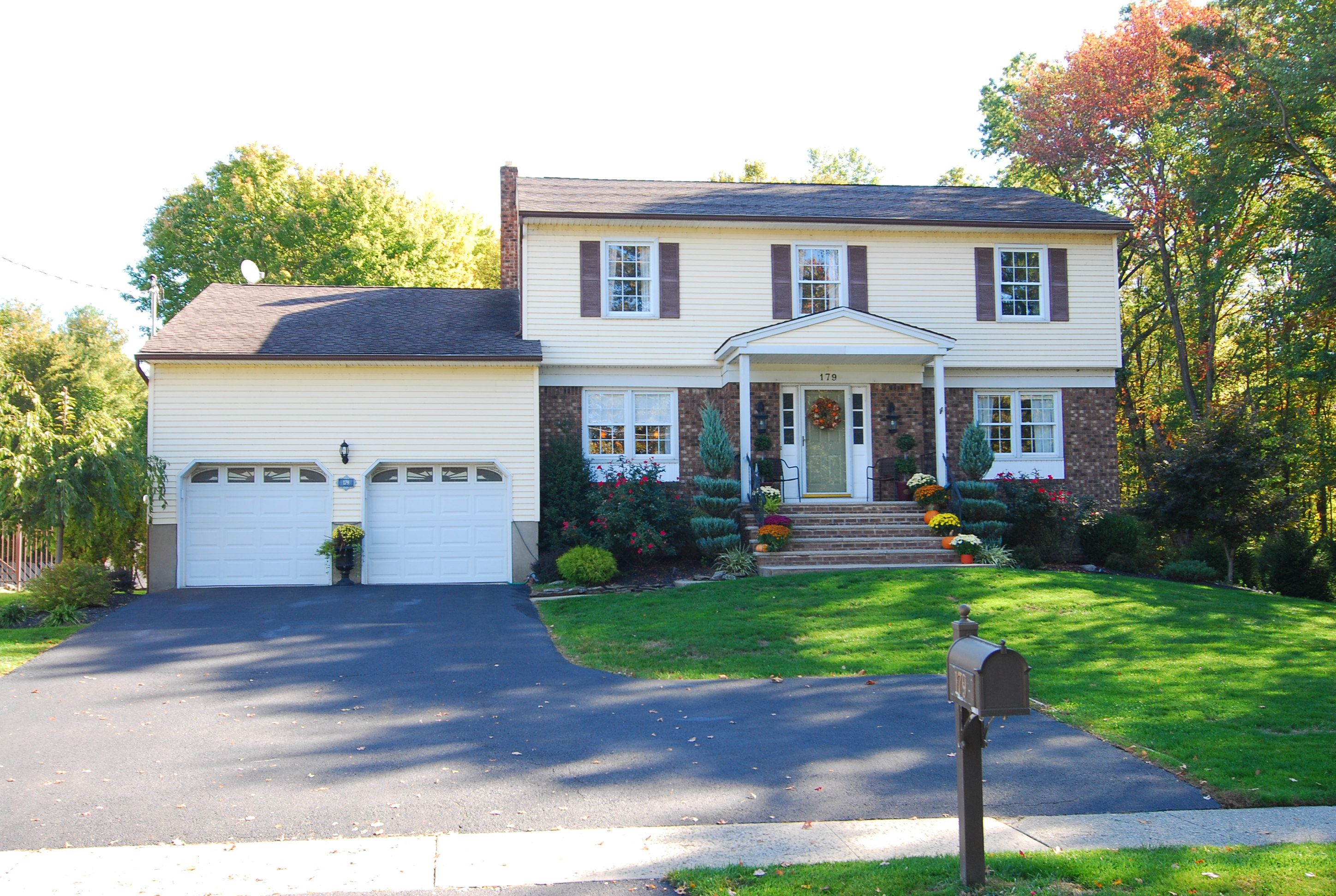 Sold - to 179 Edwards Road, Parsippany! Fill your heart with joy in this gorgeous 1980's Colonial that has been updated to perfection.