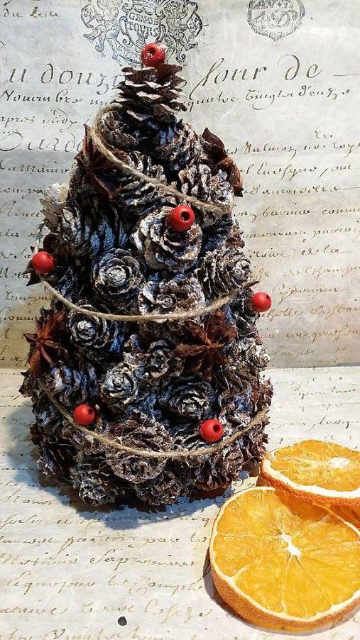 Vianočný šiškový stromček