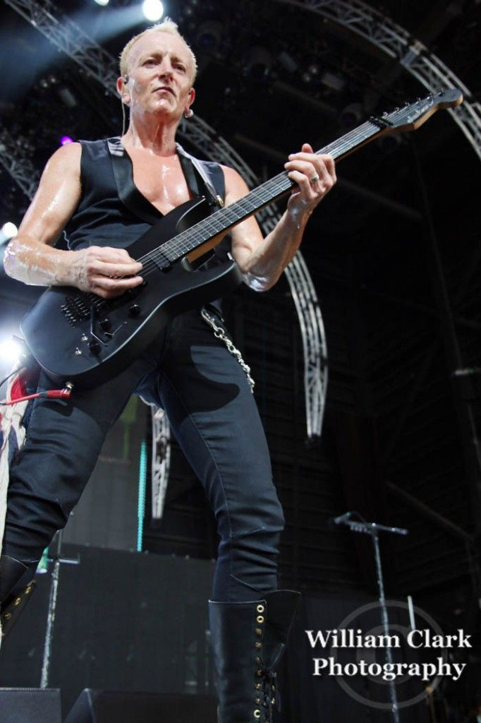 Def Leppard Delivers Hysteria And Pyromania Live In Tampa Def Leppard Phil Collen Phil
