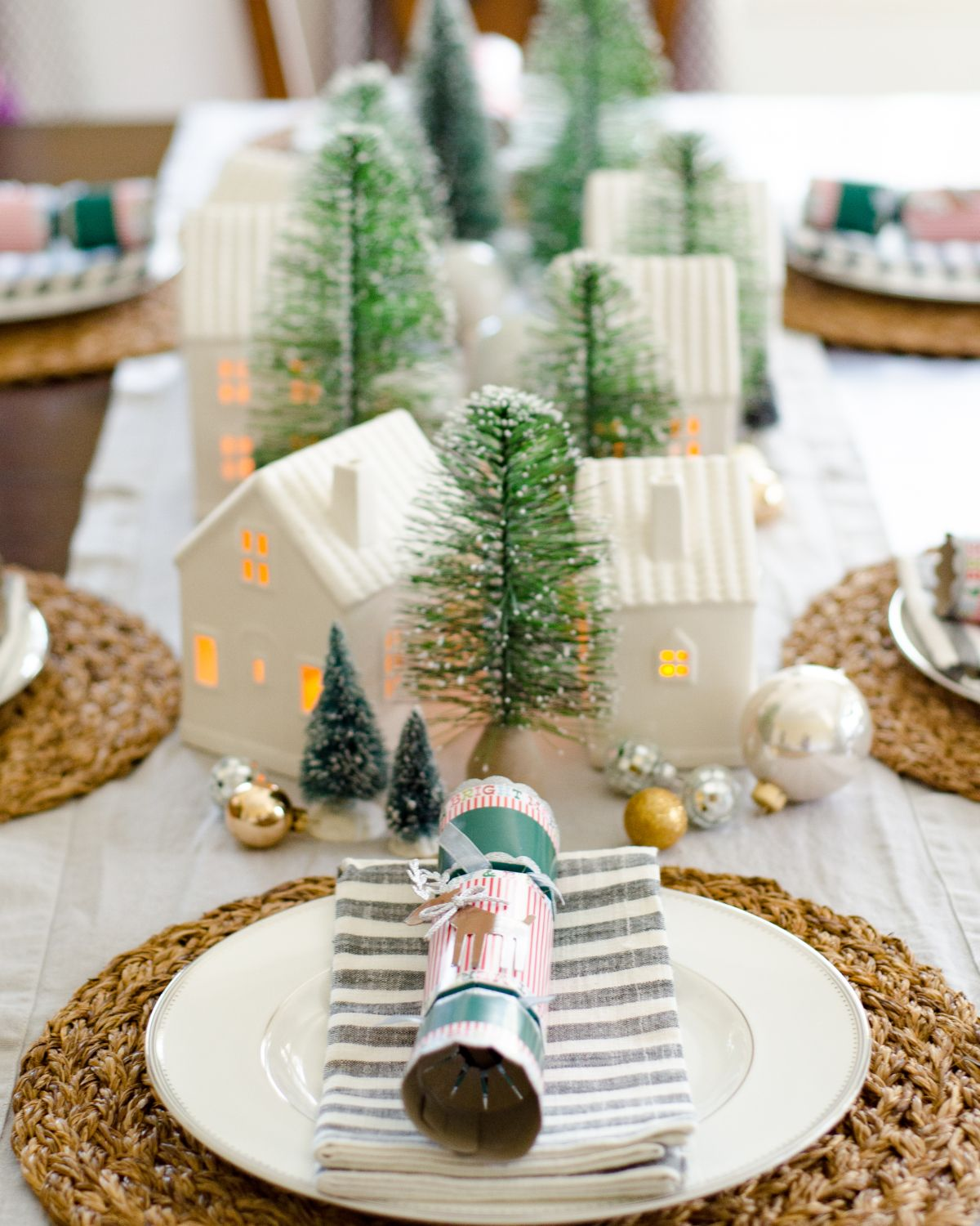 Image Result For Bottle Brush Trees Decor Table Christmas Centerpieces Christmas Dining Room Christmas Dining Table