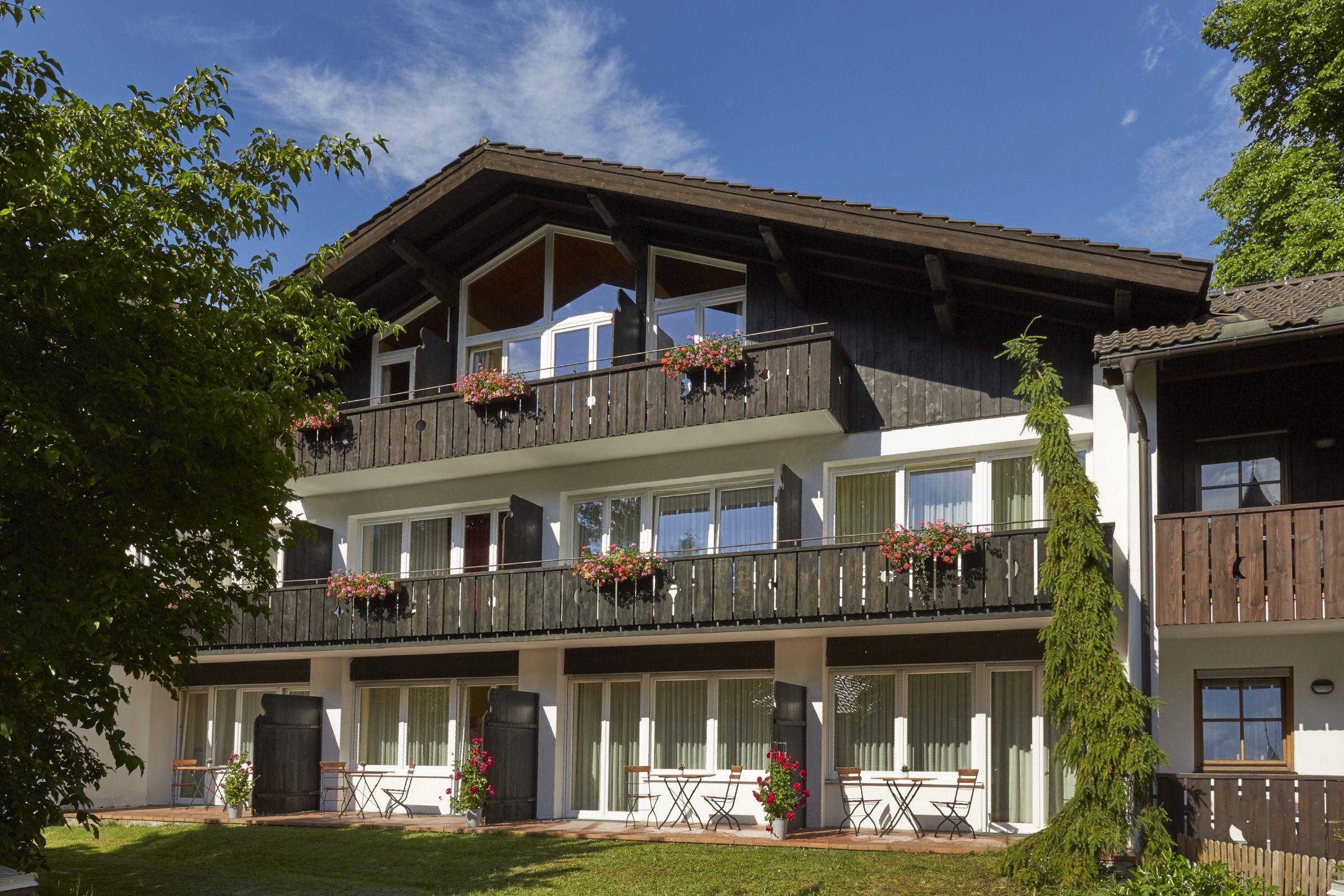 Aussenansicht auf H+ Hotel Alpina Garmisch-Partenkirchen ...