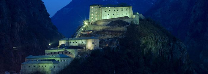 Bard Fortress by night in Aosta Valley in northern Italy. Photo on Pinterest