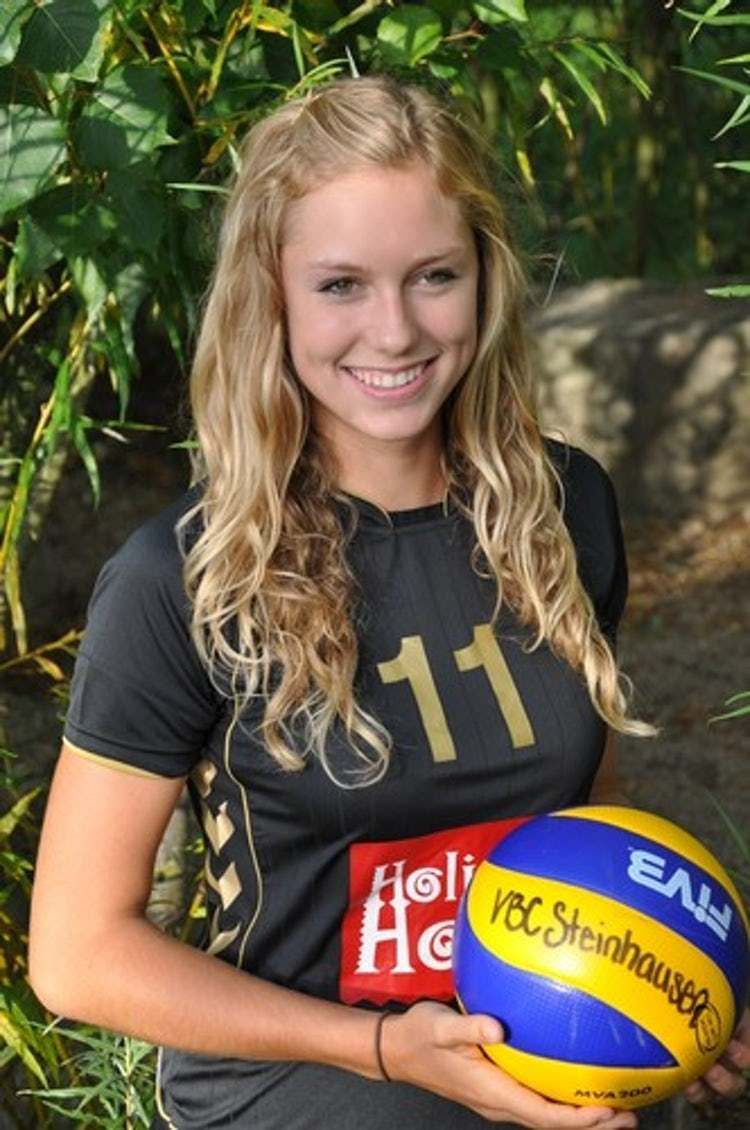 The Most Stunning Female Volleyball Players Female Volleyball Players Women Volleyball Volleyball Players