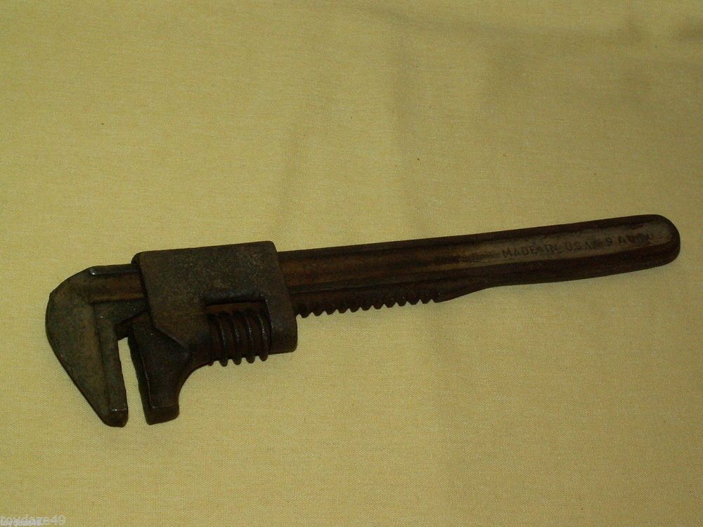 AUTO WRENCH 9 INCH MADE IN USA STEEL TOOL CAR VINTAGE USED 9 ...
