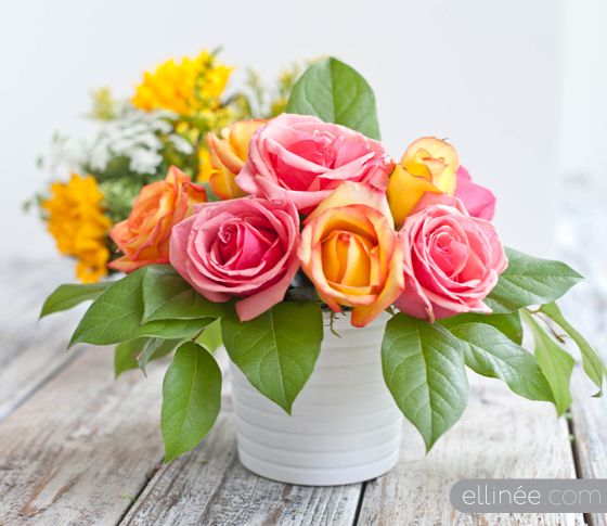 Diy Flower Arrangement With Fl Tape Grid