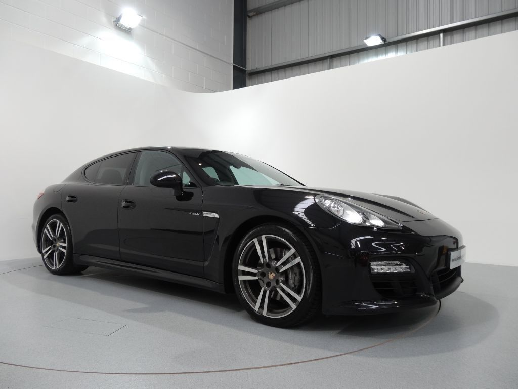 porsche panamera diesel finished in basalt black with black leather interior for more details