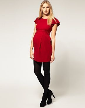 914e29c3291be Christmas and New Year outfit ideas during pregnancy, including this smart  red dress.