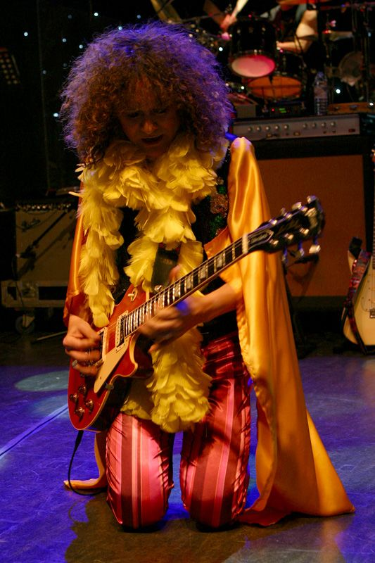 Top T Rex Tribute Band that will blow the cobwebs from your ears and dazzle you their with Marc Bolan look and sound-alike. Big Foot Events.
