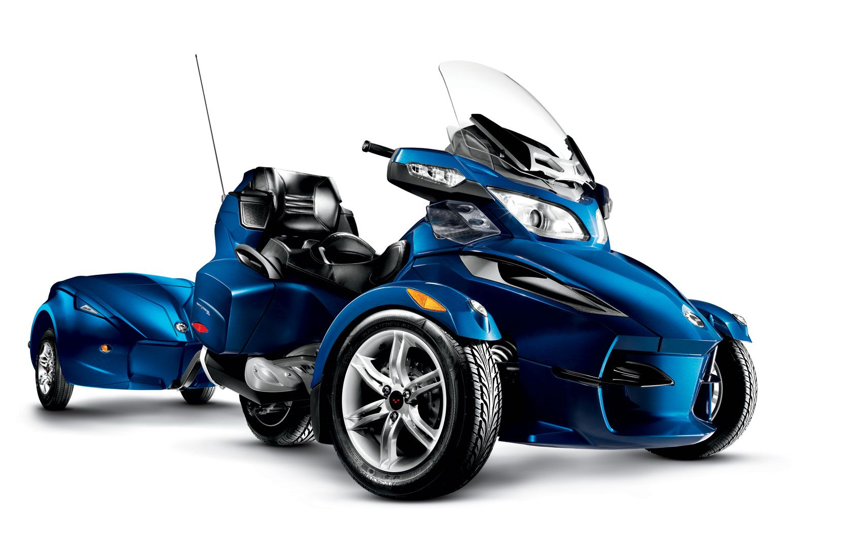 I still haven t decided if can am s spyder is one of the coolest
