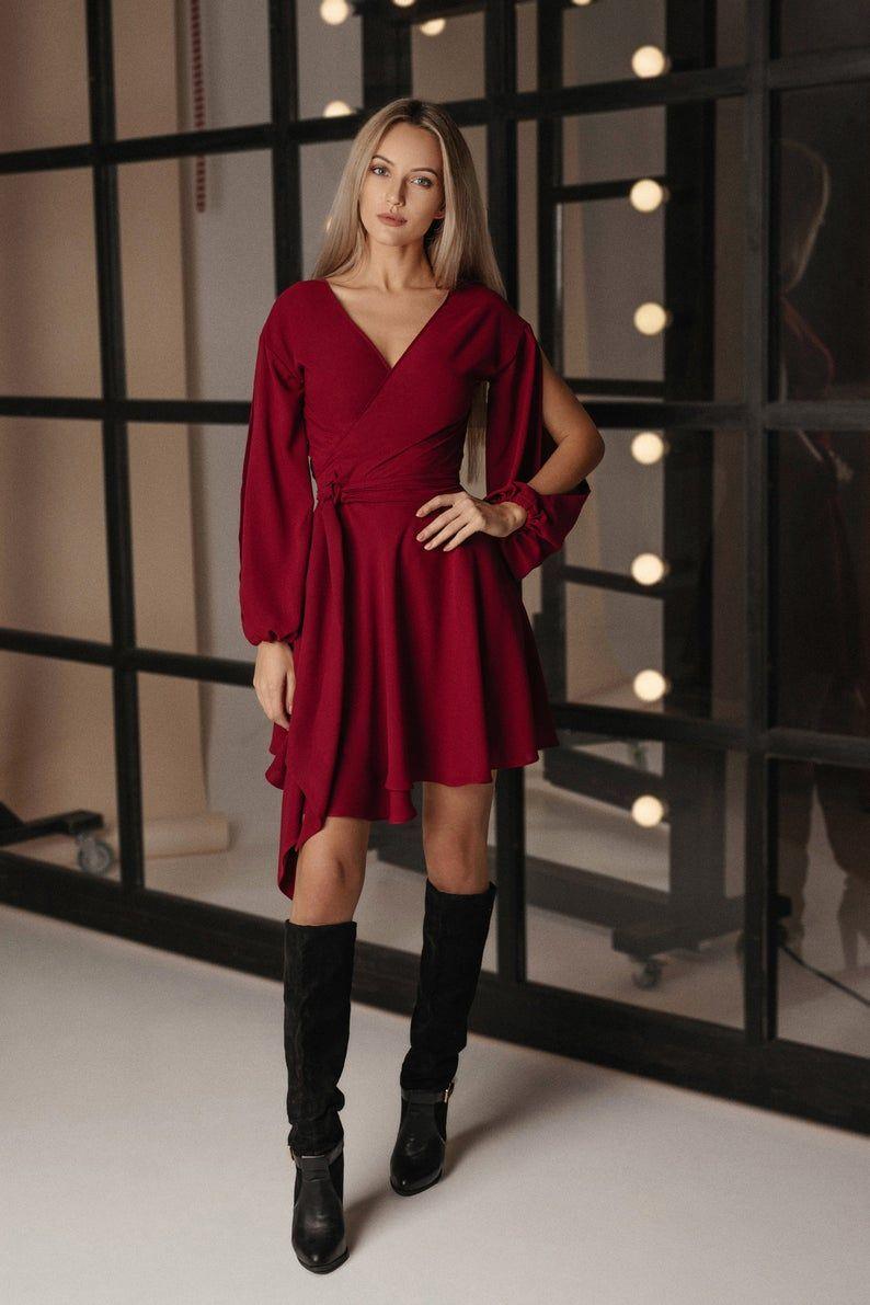 Bordeaux Wrap-over Kleid LILLE - Burgund Langarm Kleid ...