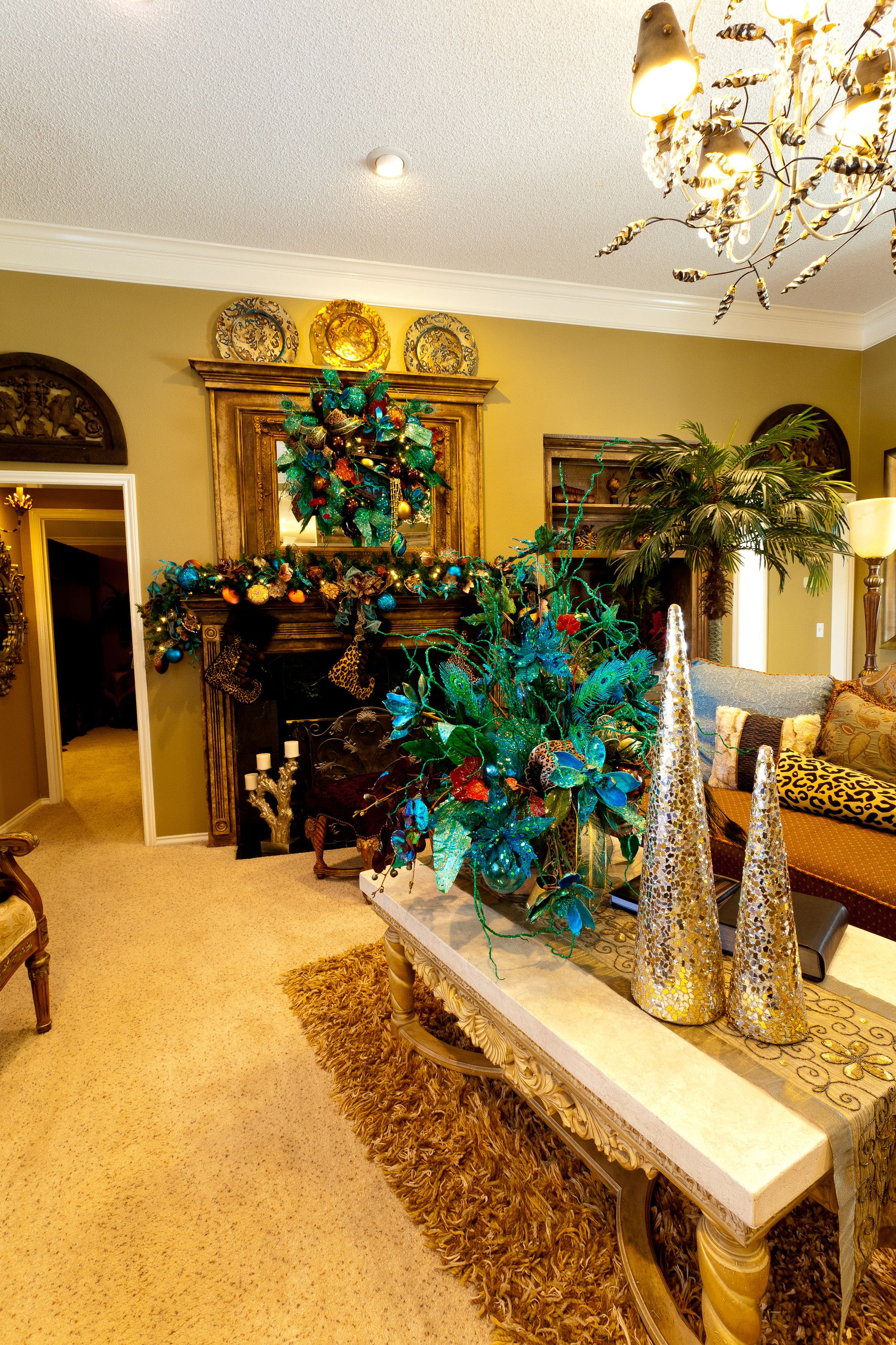 35 Awesome Peacock Decor For Living Room Peacock Decor Living Room Decor Living Room Decor Country #peacock #living #room #ideas