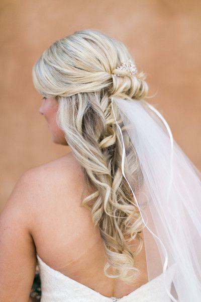 Kelly And Sean S Wedding In Texas Wedding Hair And Makeup Rustic Wedding Hairstyles Simple Wedding Hairstyles