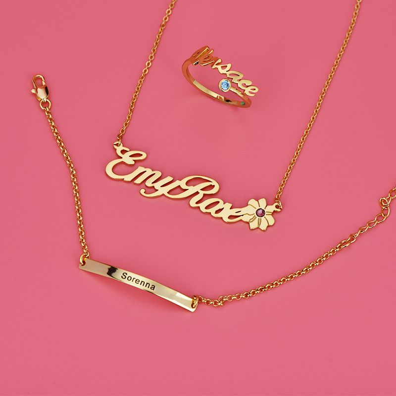 Personalized Jewelry Name Jewelry Gift For Girl In 2020 Name Engraved Necklaces Name Jewelry Name Necklace