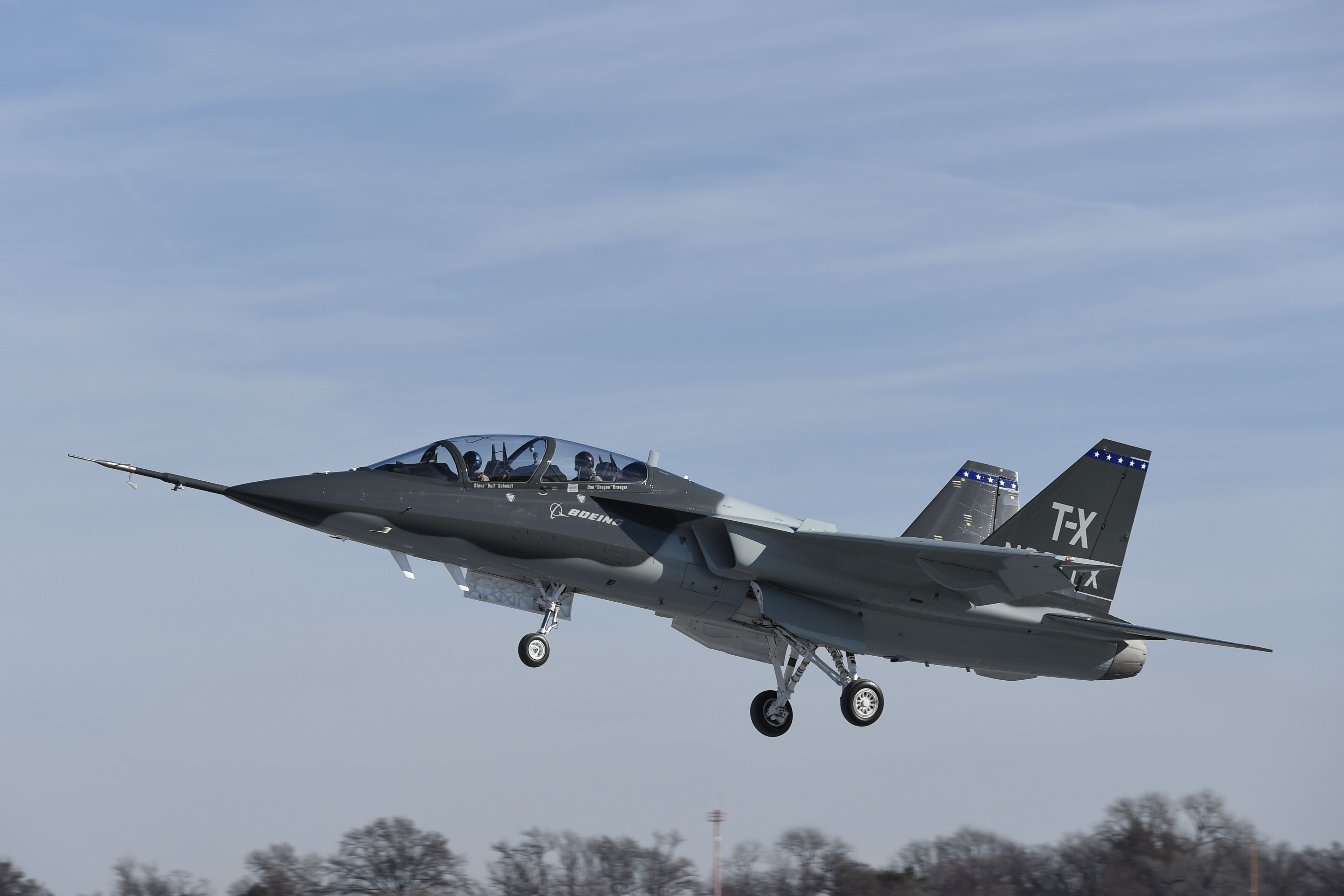 T X First Flight Takeoff 12 20 16 The Boeing Saab Team Conducted The First Flight Of Their T X Entrant From Boeing S St Fighter Aircraft Fighter Jets Boeing
