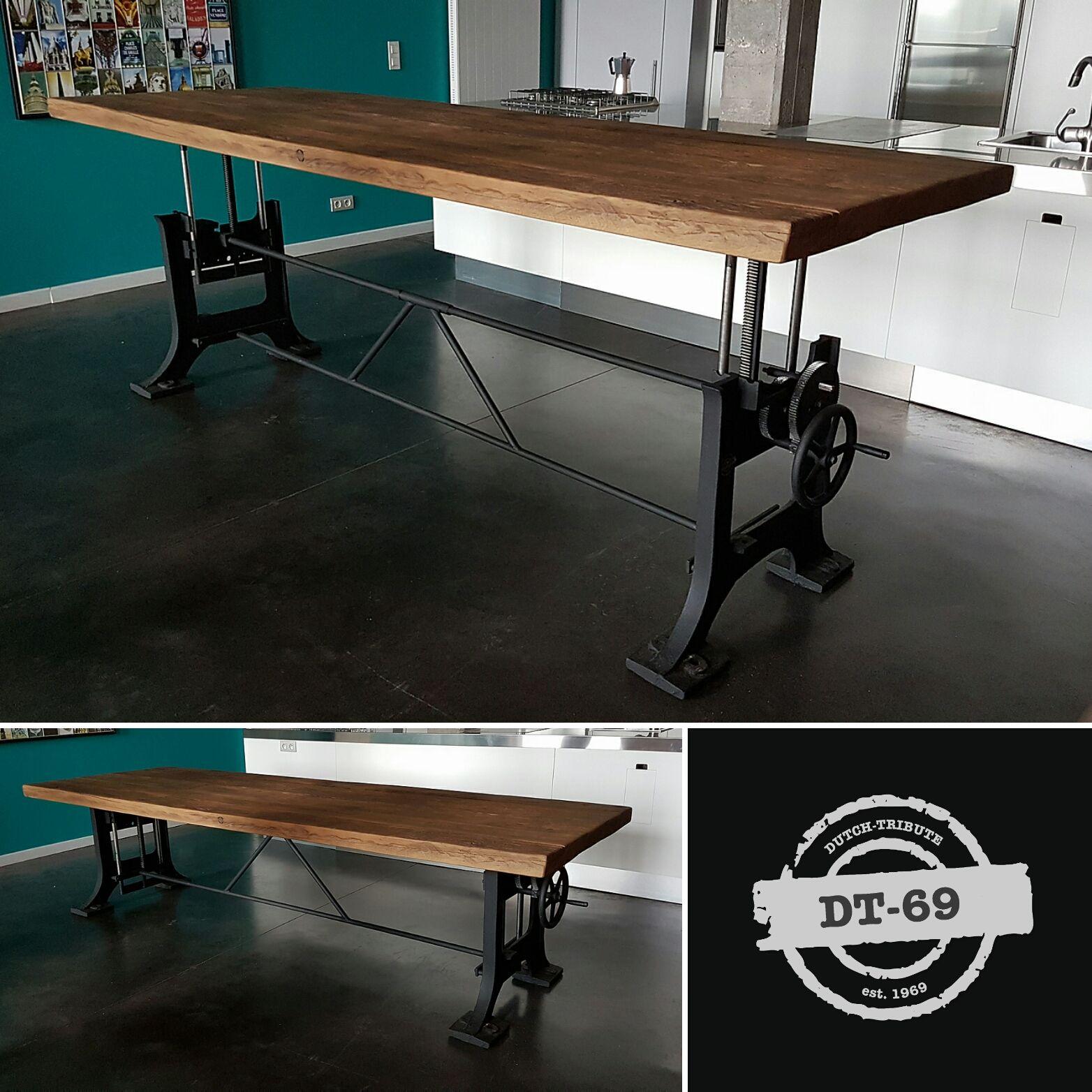 Dieser Industrie Design Tisch Ist Hohenverstellbar Und Ist Hergestellt Aus Einem Paar Alten Gusseisen B Design Tisch Tisch Hohenverstellbar Verstellbarer Tisch