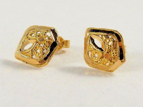 Lovely fleur de lis 18K solid gold stud earrings Gold post earring studs Stamped gold jewelry gold pierced earrings Fine jewellery 1920s