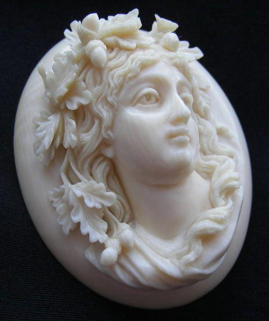 Starožitné Portréty: starý viktoriánský, shell, korálové a hardstone portréty, vintage šperky