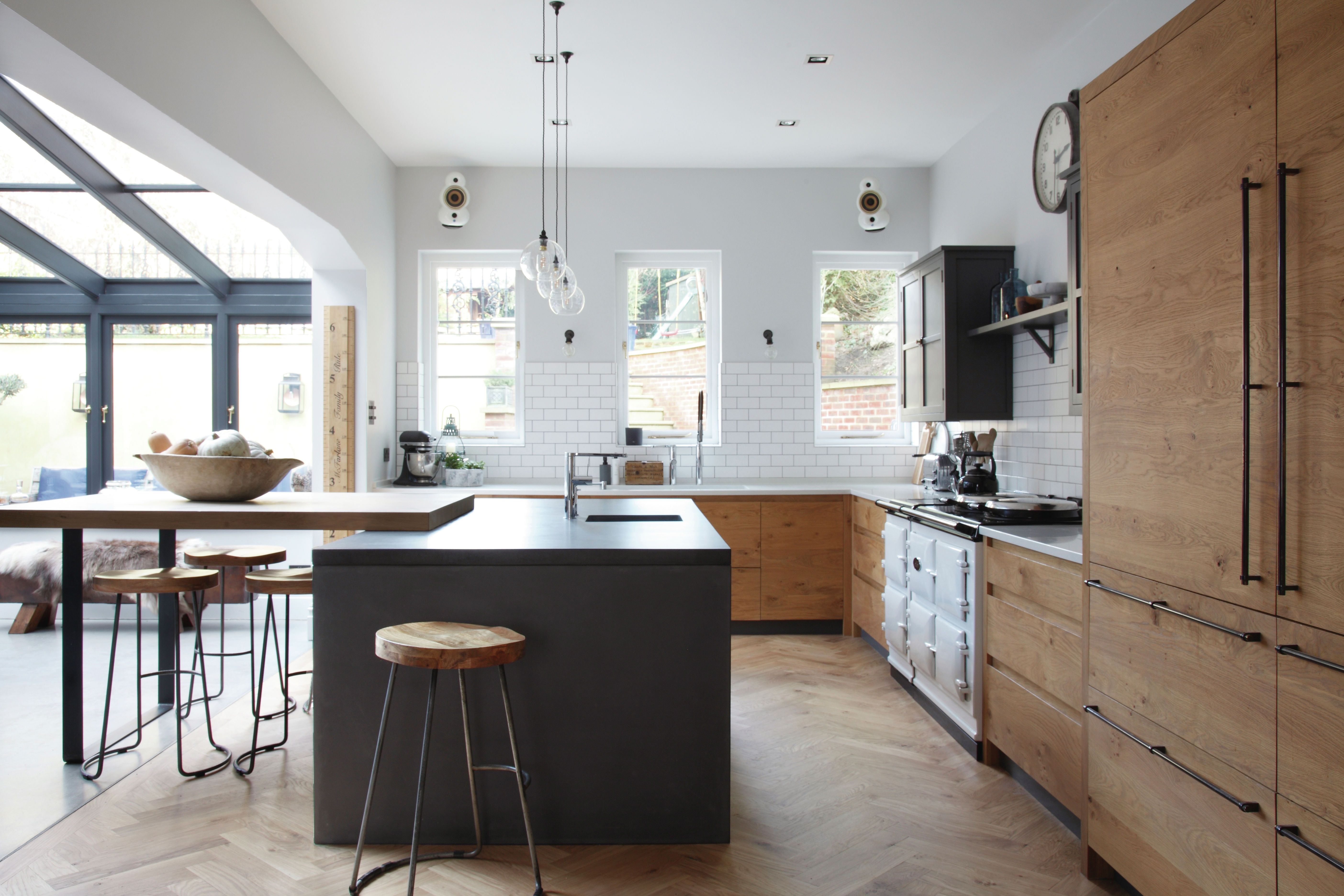 L Shaped Kitchen Designs 11 Ways To Make Your Space Work In 2020 L Shaped Kitchen Designs Kitchen Trends Small Kitchen Diner