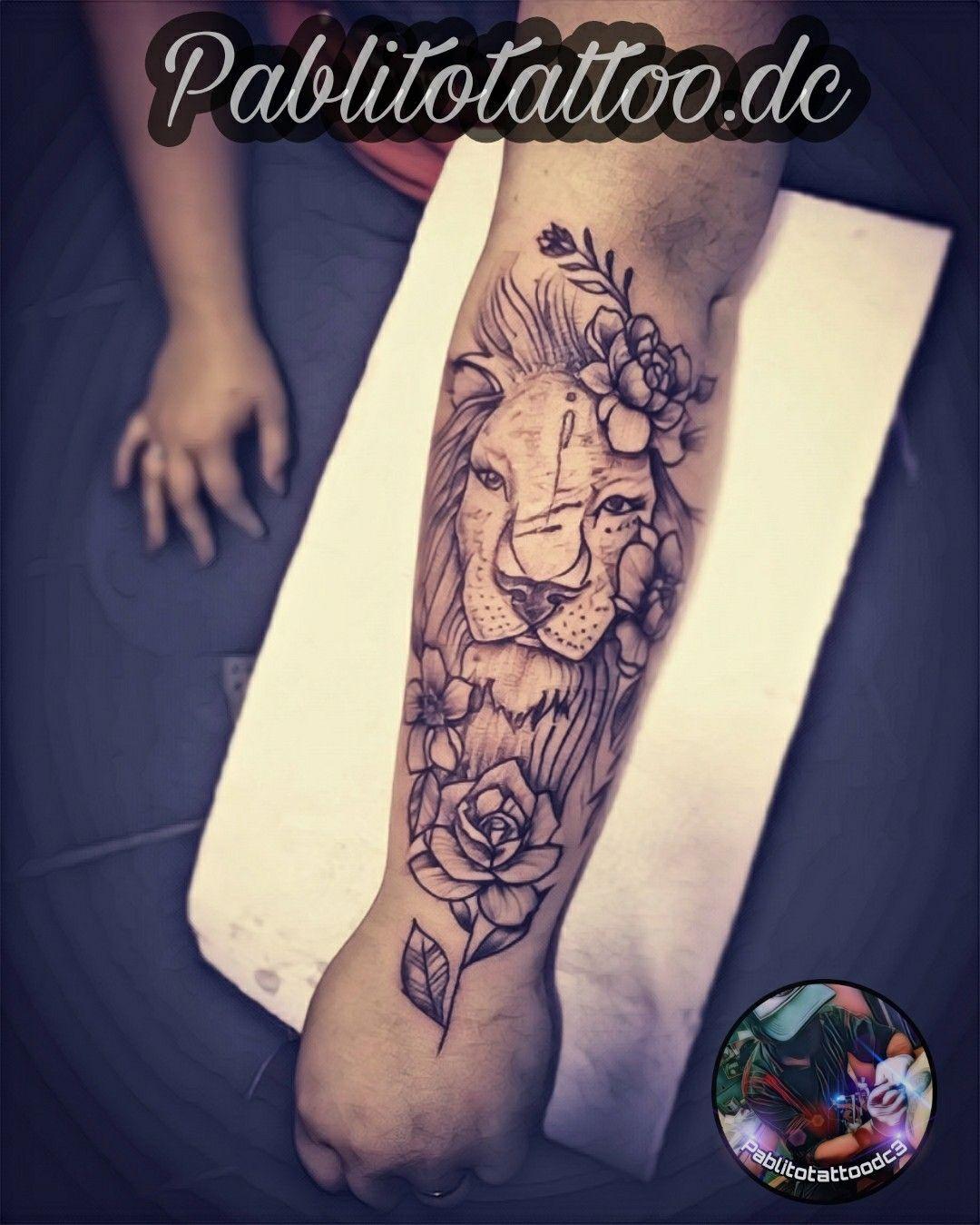 Tatuaje De Leona En El Ante Brazo Tattoo Para La Mujer En 2020 Tatuajes Femeninos Tatuajes Tatuajes Leones