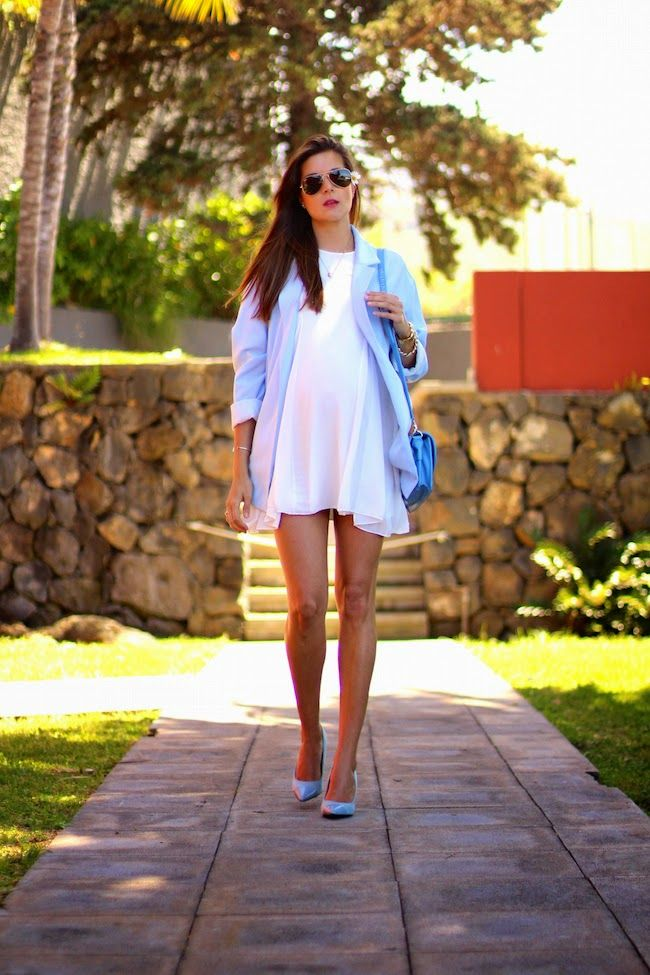 Marilyn's Closet - FASHION BLOG: Placid blue and White