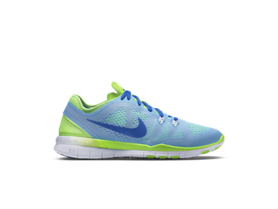 buy popular 93acb 23af6 Nike Free TR 5 Women's Training Shoe Style: 704674-400 Still ...
