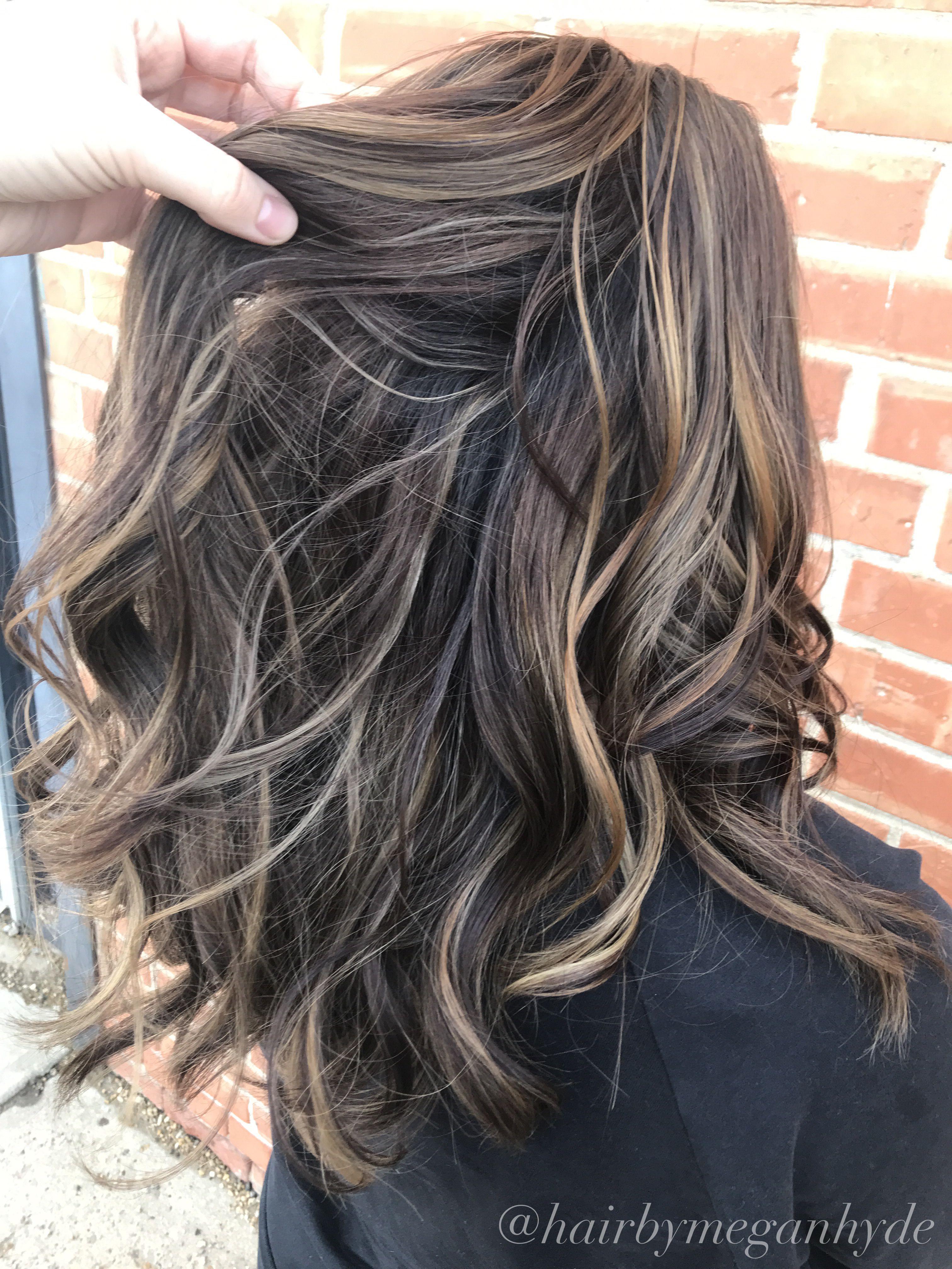 Dimensional Caramel Balayage Balayage Hair Brunette Darkhair Dimension Hair Color For Morena Skin Hair Color For Morena Balayage Hair