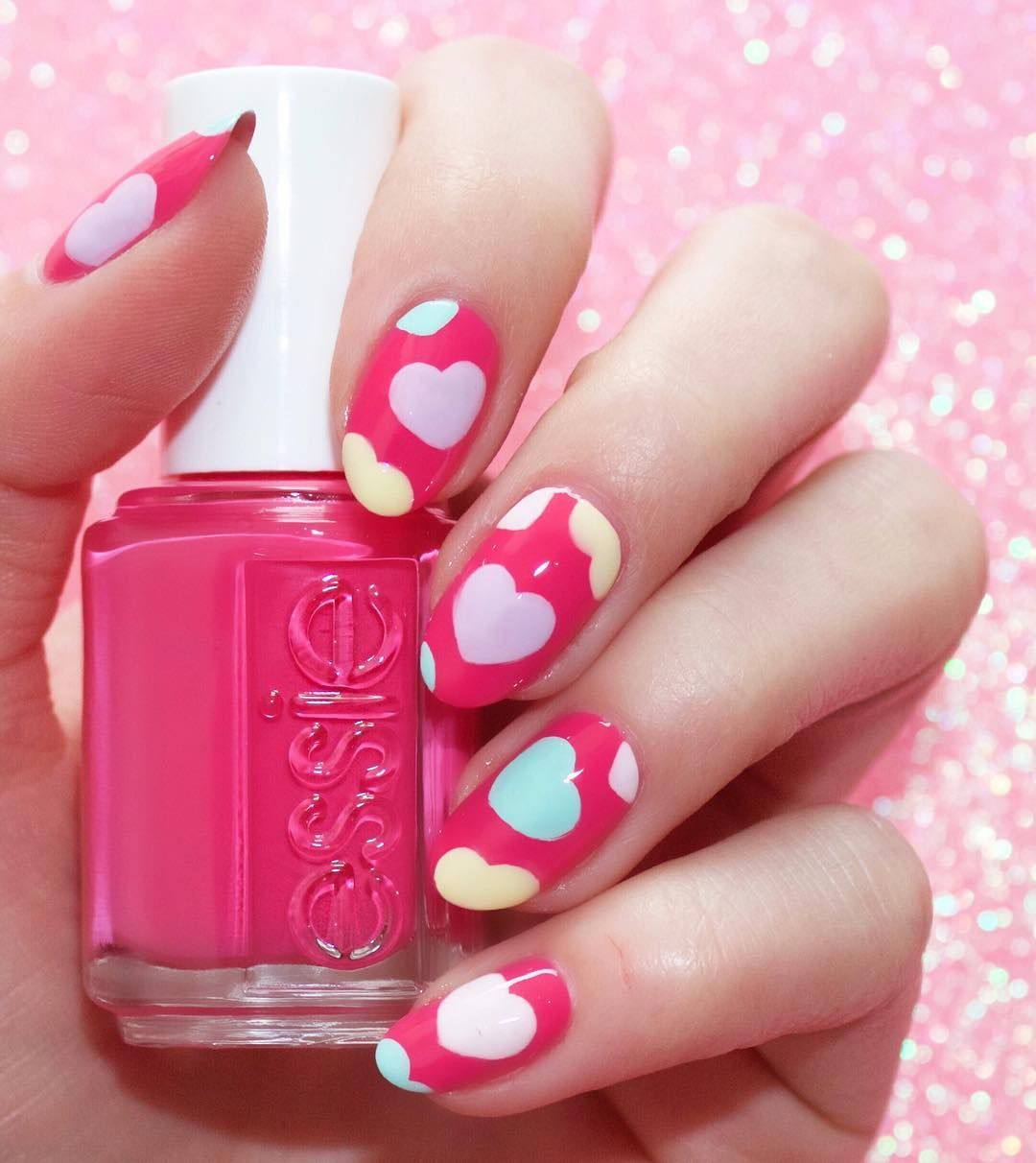 Obsessing over @laurenlist\'s super cute Valentine\'s Day nail art ...