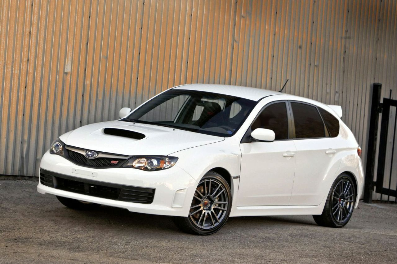Subaru Impreza STI SPRT white edition Subaru impreza sti